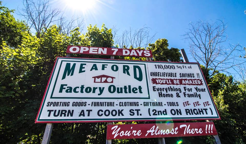 Full size lightbox of Meaford Factory Outlet image 0