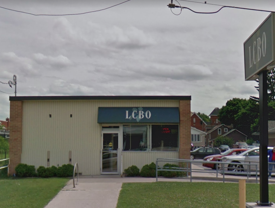 Full size lightbox of LCBO (Meaford) image 0